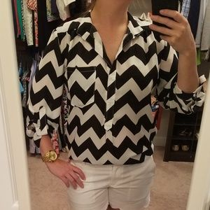 Women's black and white blouse. Size small.